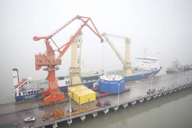 Moving the world biggest vegetable oil extraction machines
