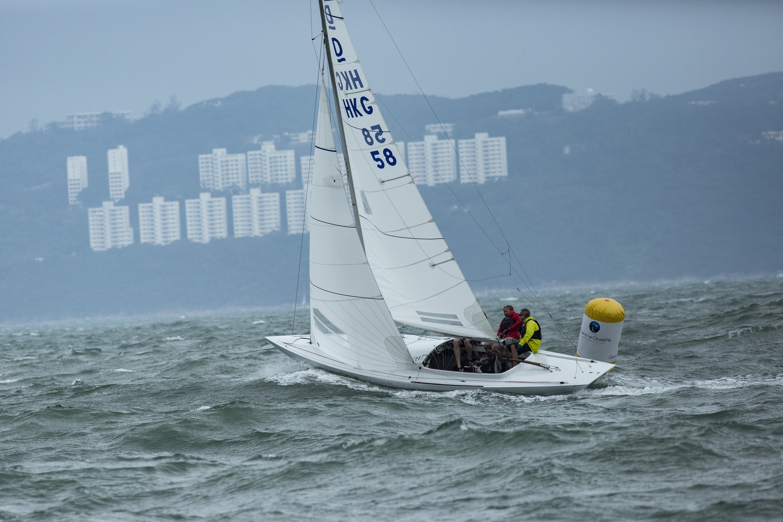 """Team """"Zephyr"""" wins in Hong Kong"""