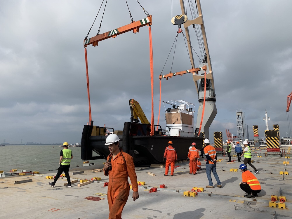 Heavy Workboat for Australia